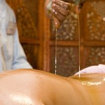 indian ayurvedic oil body massage